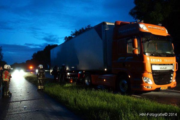 Henry-Wallinga©-Vrachtwagenbrand-Wanneperveen-01