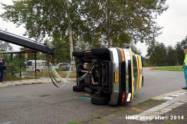Henry-Wallinga©-Ambulance-Blauwe-Hand-06