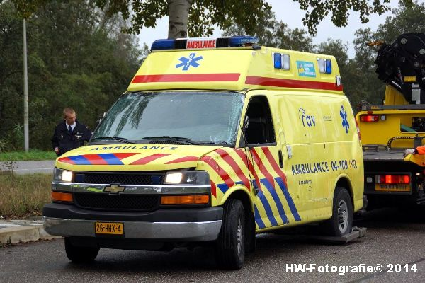 Henry-Wallinga©-Ambulance-Blauwe-Hand-14