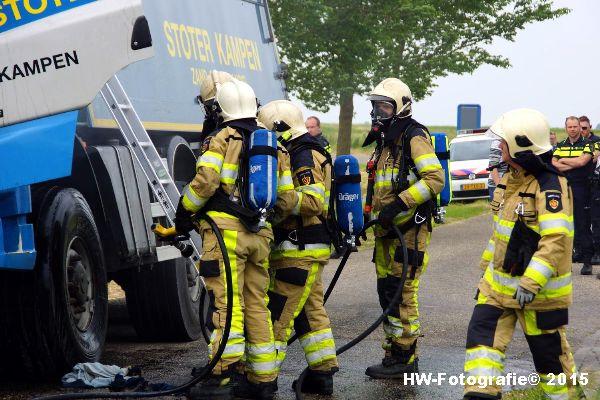 Henry-Wallinga©-Vrachtautobrand-korenbeltweg-Genemuiden-02