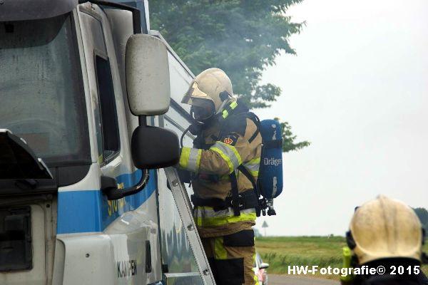 Henry-Wallinga©-Vrachtautobrand-korenbeltweg-Genemuiden-07