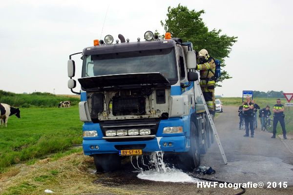 Henry-Wallinga©-Vrachtautobrand-korenbeltweg-Genemuiden-08