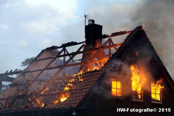 Henry-Wallinga©-Blikseminslag-Kanaaldijk-Giethoorn-06