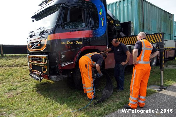 Henry-Wallinga©-Ongeval-N331-Klapband-Zwartsluis-14