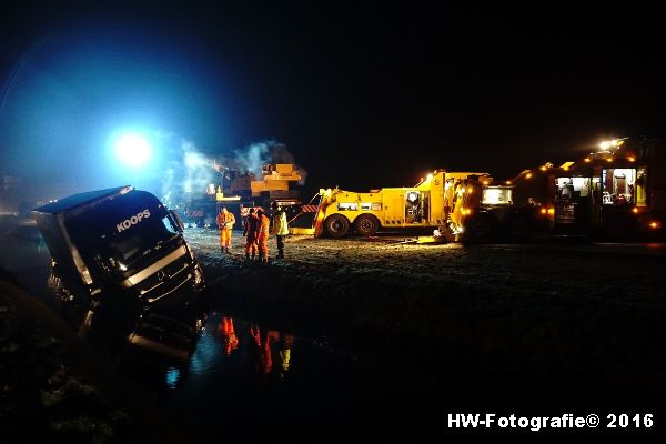 Henry-Wallinga©-Berging-Vrachtwagen-A28-Staphorst-03