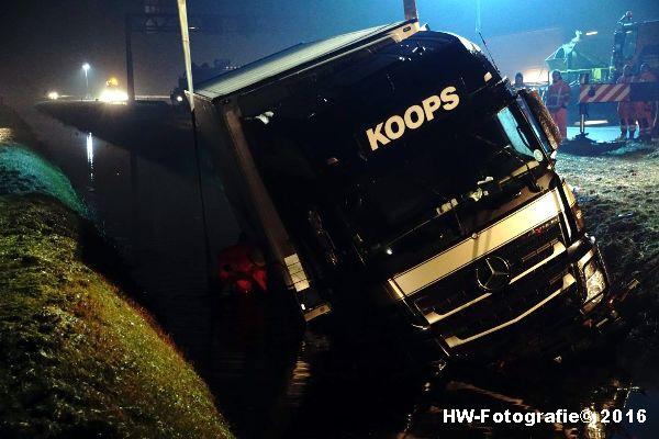 Henry-Wallinga©-Berging-Vrachtwagen-A28-Staphorst-06