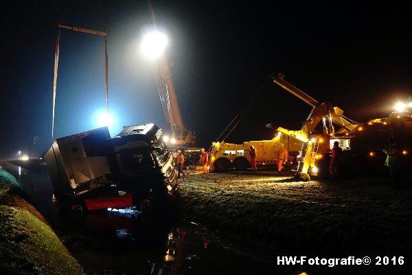 Henry-Wallinga©-Berging-Vrachtwagen-A28-Staphorst-07