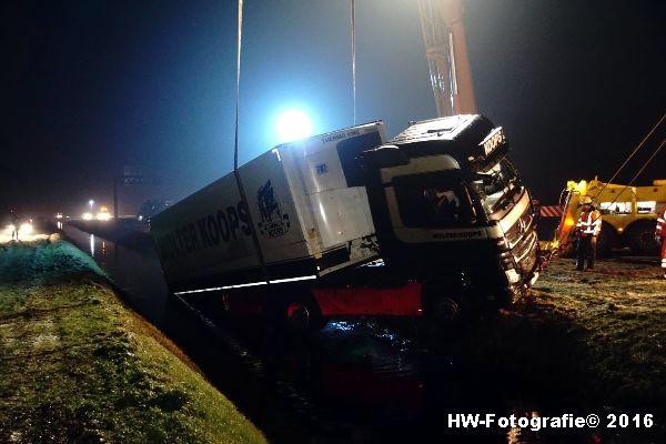 Henry-Wallinga©-Berging-Vrachtwagen-A28-Staphorst-08