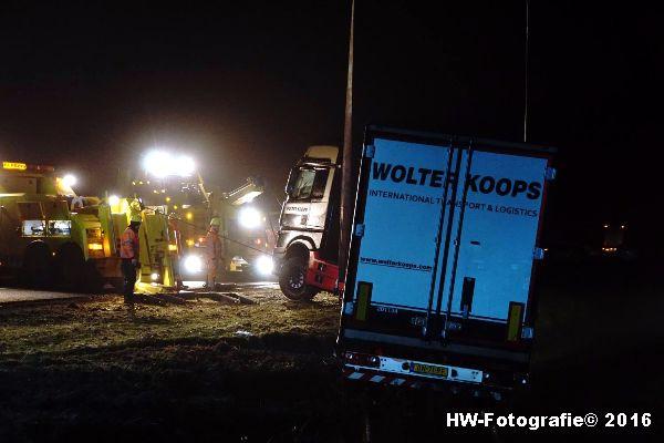 Henry-Wallinga©-Berging-Vrachtwagen-A28-Staphorst-12