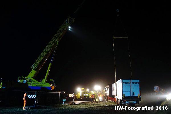 Henry-Wallinga©-Berging-Vrachtwagen-A28-Staphorst-13