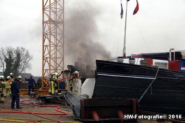Henry-Wallinga©-Brand-Binnenvaartschip-Zwartsluis-06