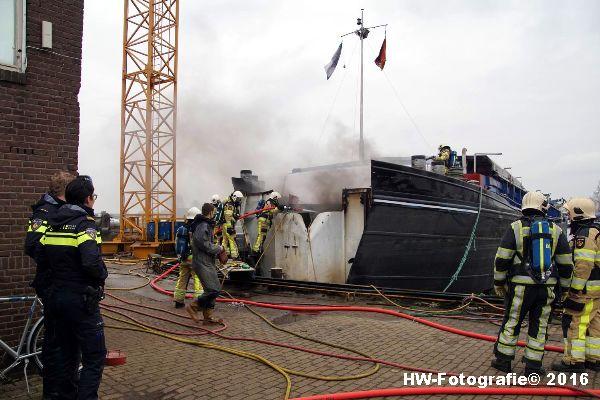 Henry-Wallinga©-Brand-Binnenvaartschip-Zwartsluis-08