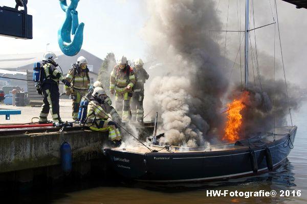 Henry-Wallinga©-Brand--Zeilboot-Kranerweerd-Zwartsluis-02