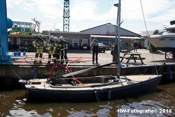 Henry-Wallinga©-Brand--Zeilboot-Kranerweerd-Zwartsluis-20