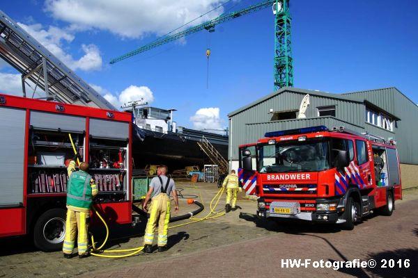 Henry-Wallinga©-Scheepsbrand-Geertman-Zwartsluis-01