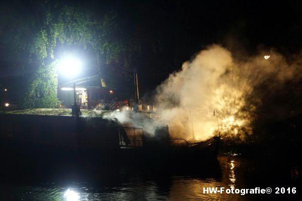 henry-wallinga-brand-woonboot-zwolle-05