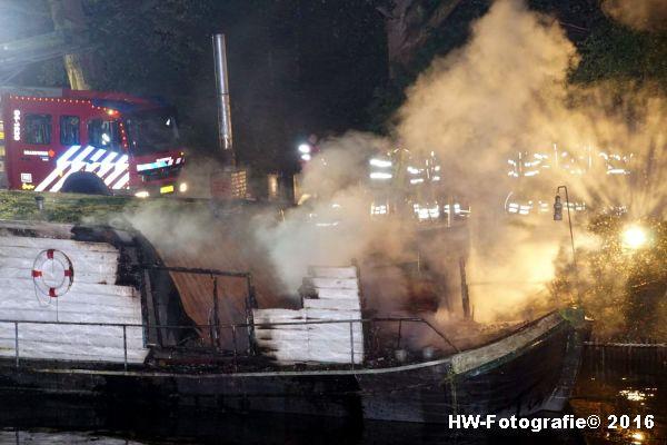 henry-wallinga-brand-woonboot-zwolle-07