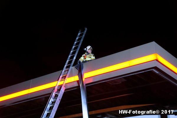 Henry-Wallinga©-Stormschade-Tankstation-Hasselt-03