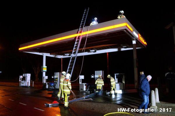 Henry-Wallinga©-Stormschade-Tankstation-Hasselt-11