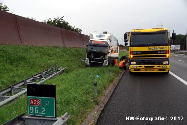 Henry-Wallinga©-Berging-Vrachtwagen-A28-Zwolle-01