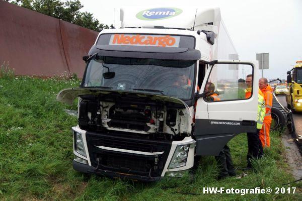 Henry-Wallinga©-Berging-Vrachtwagen-A28-Zwolle-02