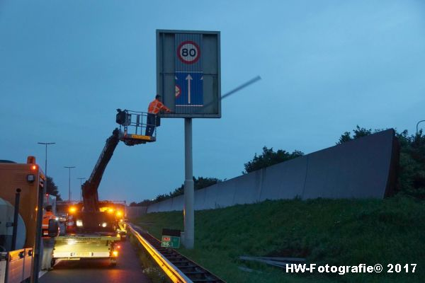 Henry-Wallinga©-Berging-Vrachtwagen-A28-Zwolle-23