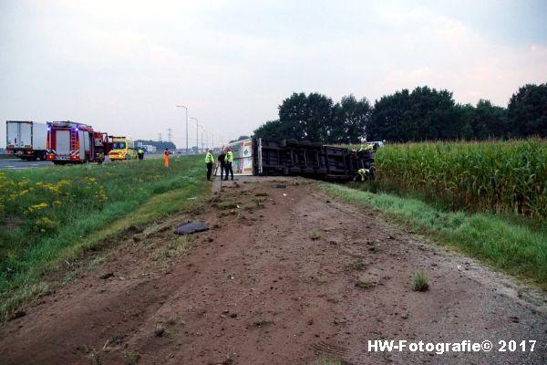 Henry-Wallinga©-Vrachtwagen-Parallelweg-A28-Zwolle-01