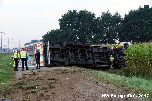 Henry-Wallinga©-Vrachtwagen-Parallelweg-A28-Zwolle-02