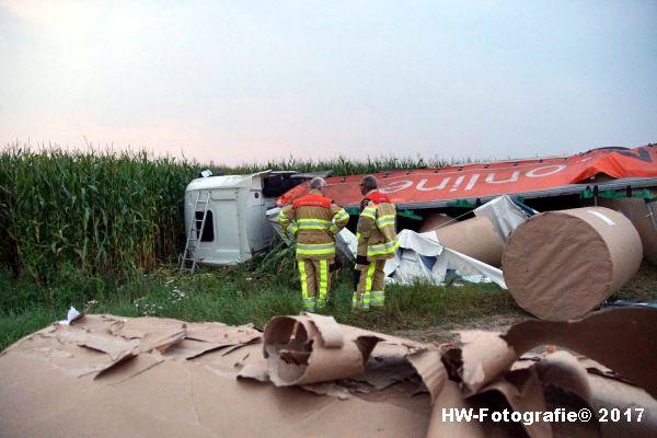 Henry-Wallinga©-Vrachtwagen-Parallelweg-A28-Zwolle-06