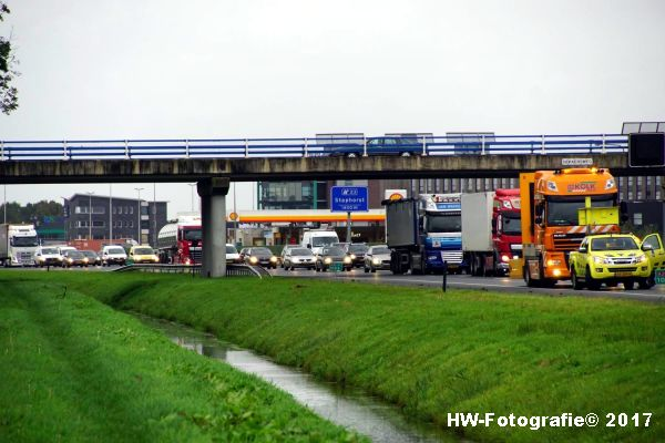 Henry-Wallinga©-Ongeval-Vrachtauto-Sloot-Staphorst-03