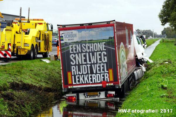 Henry-Wallinga©-Ongeval-Vrachtauto-Sloot-Staphorst-08