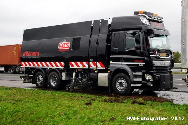 Henry-Wallinga©-Ongeval-Vrachtauto-Sloot-Staphorst-21