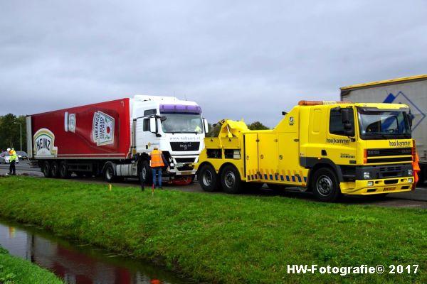Henry-Wallinga©-Ongeval-Vrachtauto-Sloot-Staphorst-22