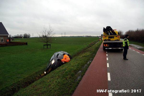 Henry-Wallinga©-Auto-Greppel-Verkavelingsweg-Hasselt-06