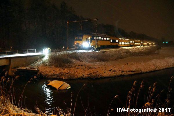 Henry-Wallinga©-Trein-Auto-Overweg-Zwolle-03