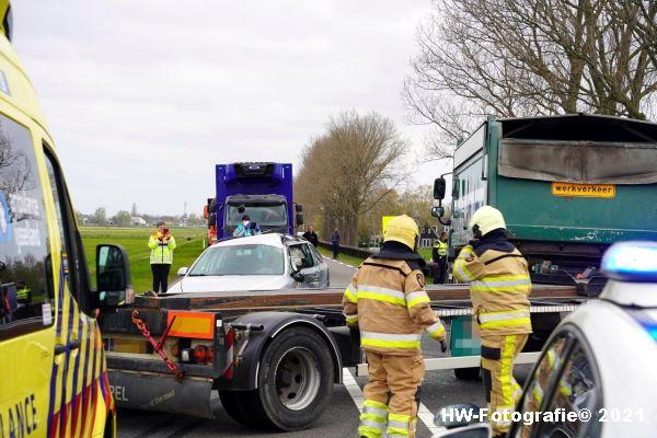 Henry-Wallinga©-Ongeval-Vrachtwagen-Auto-Dijk-N331-Zwartsluis-01