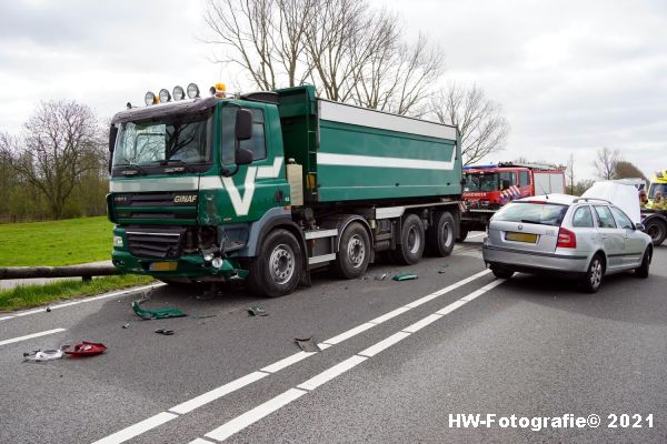 Henry-Wallinga©-Ongeval-Vrachtwagen-Auto-Dijk-N331-Zwartsluis-07