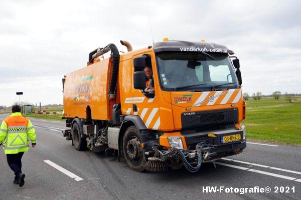 Henry-Wallinga©-Ongeval-Vrachtwagen-Auto-Dijk-N331-Zwartsluis-16